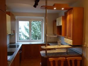 Byty k pronájmuKrásný slunný byt 2+1 v cihlovém domě