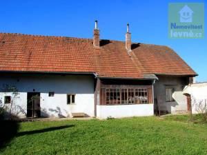Prodej, Vesnické stavení 238 m2, Benešov, Černovice - okr. Pelhřimov