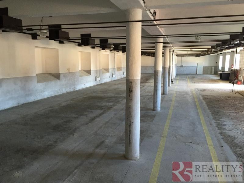 Skladová, výrobní hala 450 m2, Červený Újezd