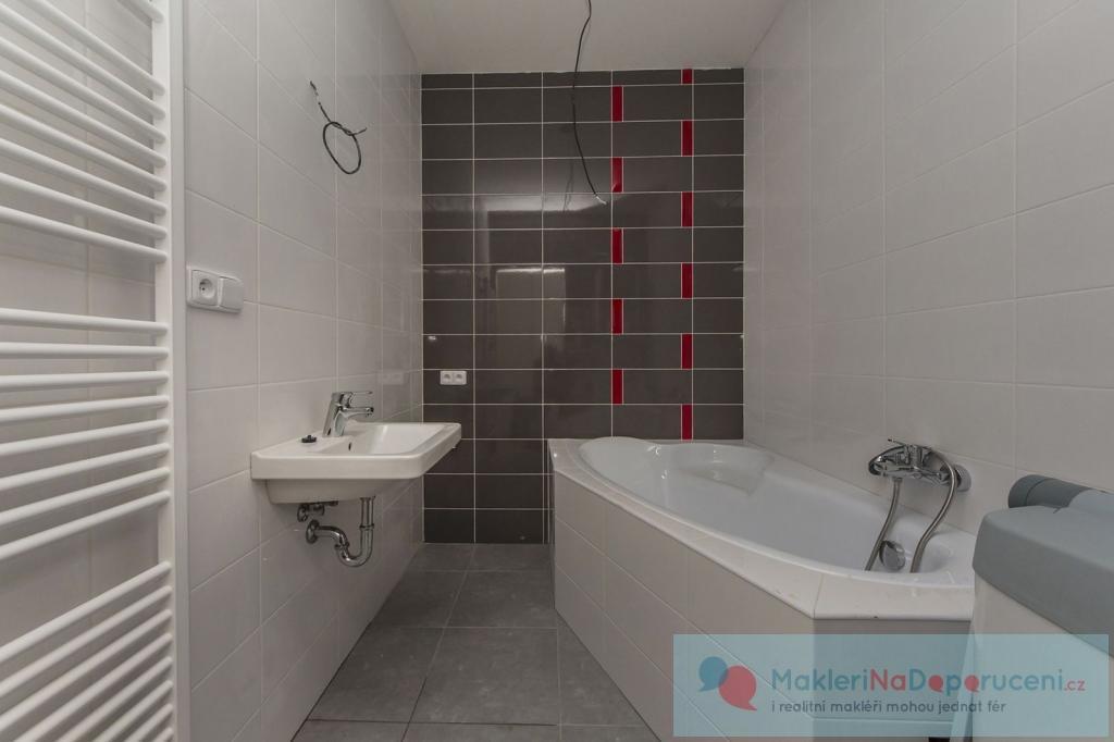 Nový mezonetový byt 3+KK v nově rekonstruovaném cihlovém domě