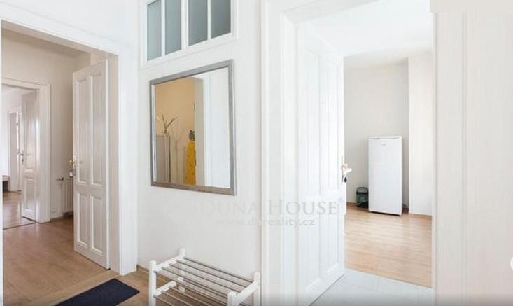 Prodej bytu 4 + 1/B, Praha 2 - Nové Město.
