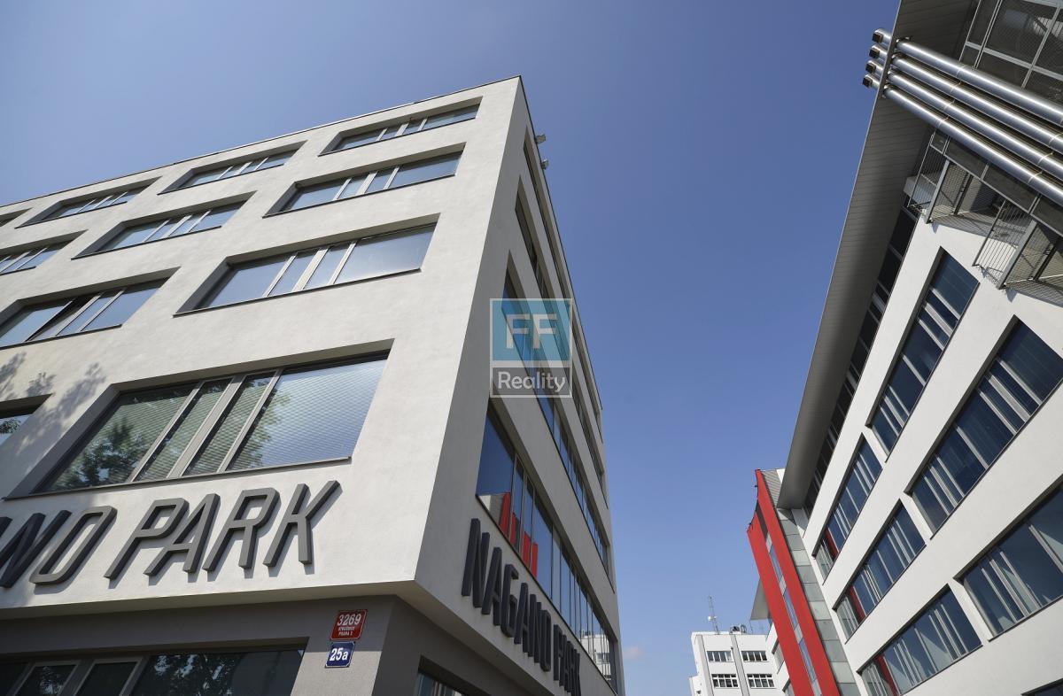 Pronájem kancelářských prostor 1038m2, Strašnice, Praha 3