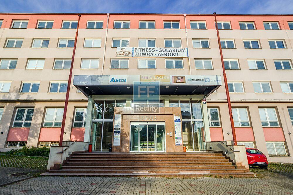 Pronájem skladovacích prostor 350m2, Litevská, Vršovice, Praha 10