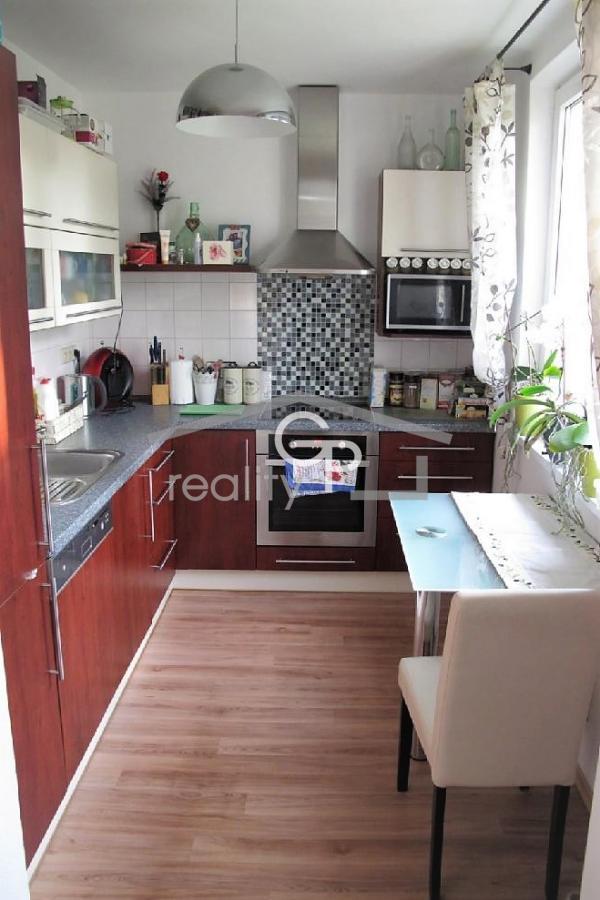 Prodej bytu 5+1 s garáží v OV, ul. Omlenická v Kaplici