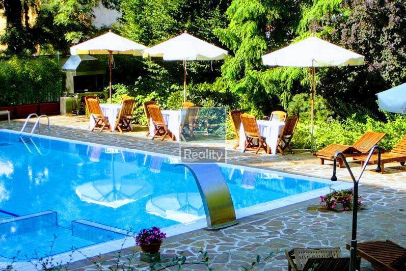 Pronájem luxusního bytu 3+kk, 107m2, ul. Italská, Praha 2 - Vinohrady.