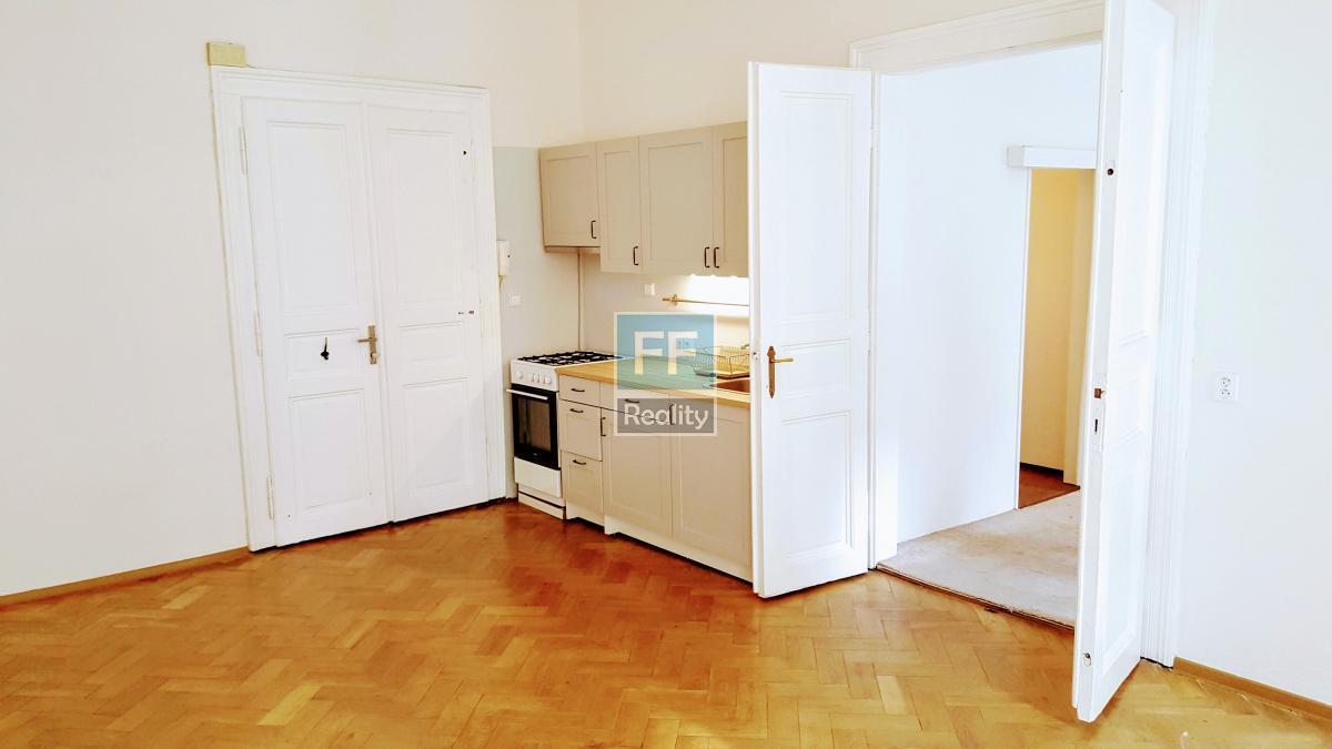 Pronájem bytu 2+kk, 56m2, ul. Soukenická, Praha 1 - Nové Město.
