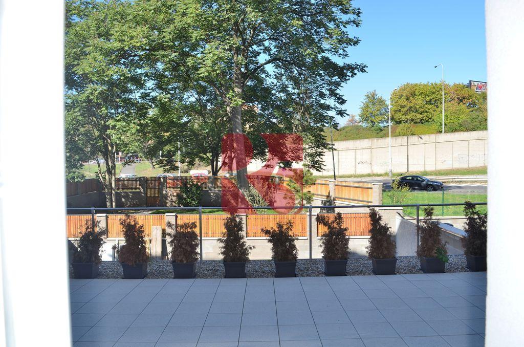 Stylově zrekonstruovaný byt 4+kk, 100 m2 + sklep, zahrada, ul. Na vartě
