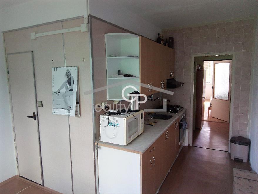 Prodej bytu 2+1 v OV, ul. Hliník, Třeboň