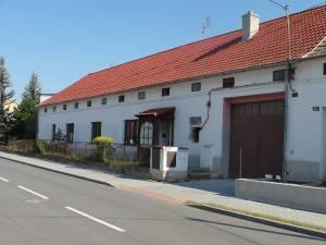 Domy na prodej: Dvougenerační dům RD  4+kk, 3+kk