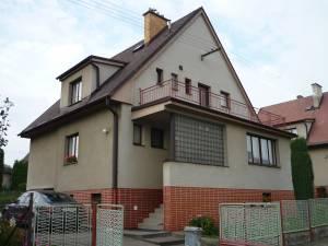 Domy na prodej: Prodám RD v Havlíčkově Brodě. Klidná lokalita. Plocha pozemku 634m2, zastavěná plocha 112m2