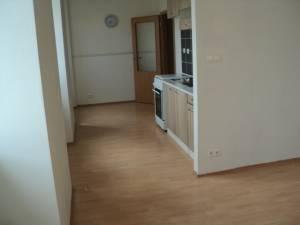 Prodej pronájem bytu: Pronájem 1+kk,ul. Tkalcovská,Brno,prímy majitel