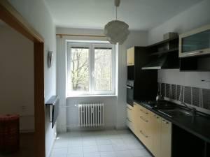 pronajmu byt 2+1 v Ostravě-Porubě