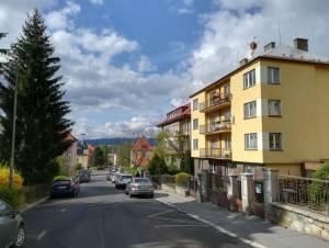 Pronájem bytuPronájem 2+1 63 m2 Karlovy Vary Drahovice