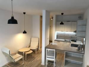 Prenájom - 1 izbový zariadený byt v Bratislave Petržalke s parkovacím miestom v garáži